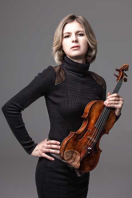 Bild: Cornelia Löscher mit Violine